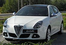 220px-Alfa_Romeo_Giulietta_front-1_20100718